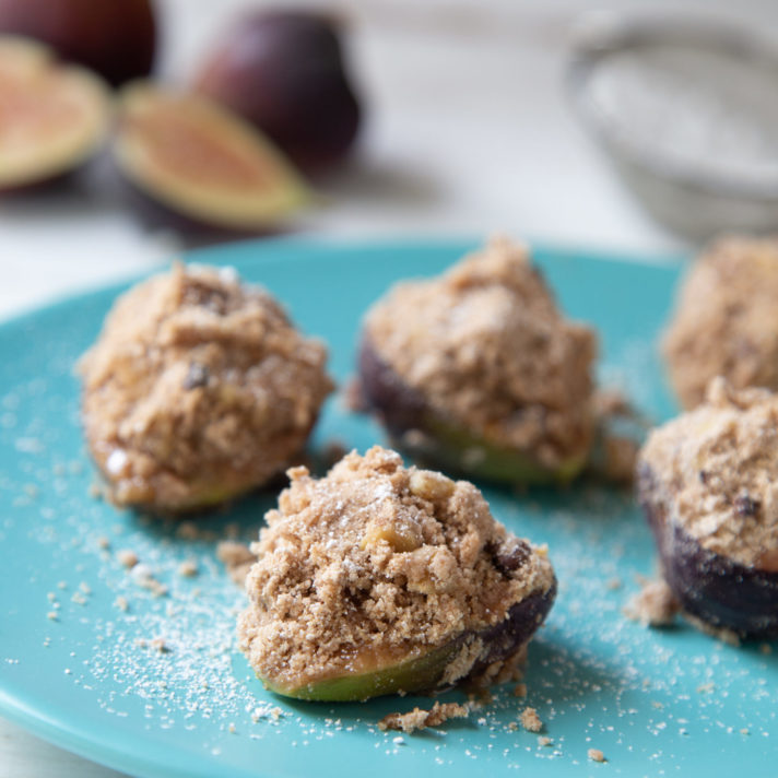 Baked California Figs with Cocoa Powder and Walnut Crisp